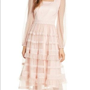 Rachel Parcell tiered lace dress